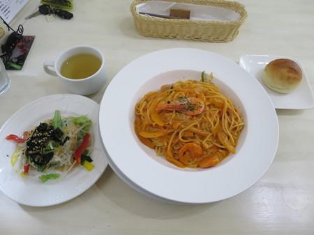 レストラン リトルバード 甘エビのトマトクリームスパゲティ¥1200