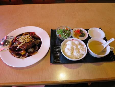 上海大食堂 黒酢の酢豚&ライスセット(ライス並)