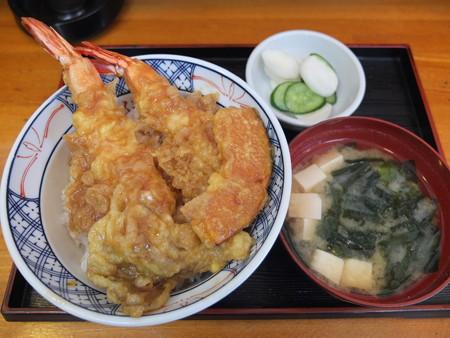 やぶ食堂 天丼¥950