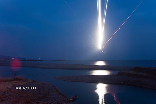 夜間飛行の着陸 高知龍馬空港