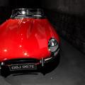 写真: 第117回モノコン 真っ赤なジャガー