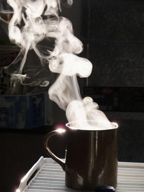 写真: コーヒーの湯気