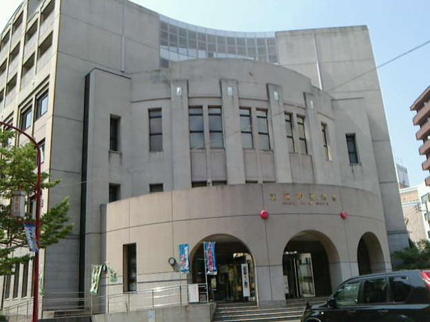 Photos: TV放映時からの長年の #あぶない刑事 ファンにはお馴染みの加賀町警察...