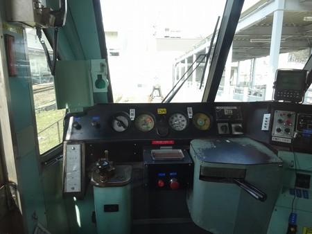 omi70-運転台