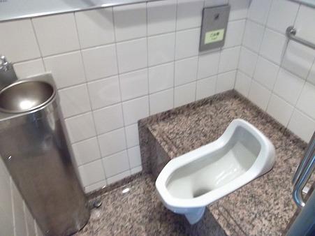 120N-トイレ1