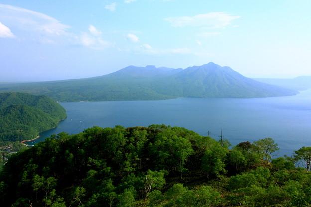 写真: 支笏湖