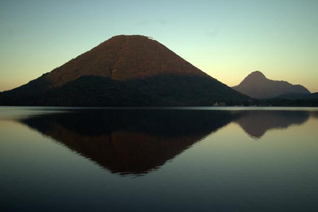 夕暮れの榛名富士