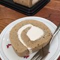 Photos: 紅茶のロールケーキ