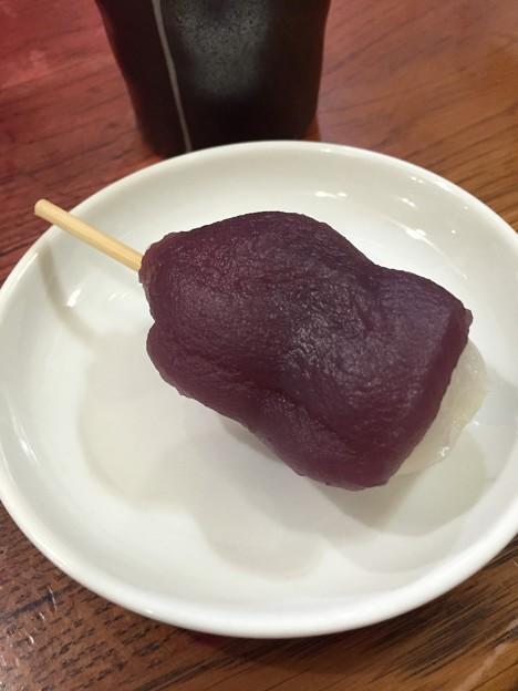 紫芋餡団子