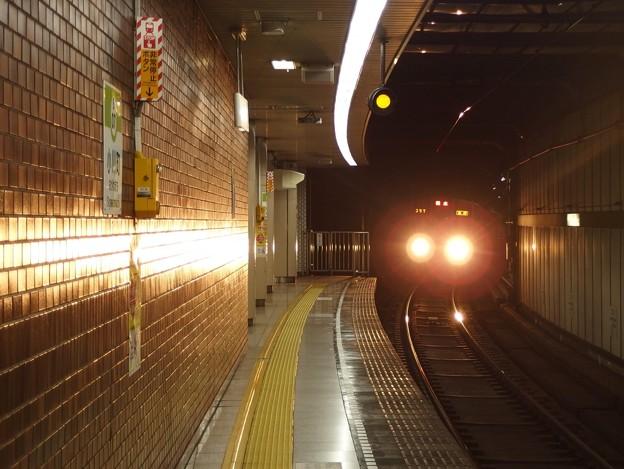 ハイビームアート 8次車の本気 @ 都営新宿線小川町駅