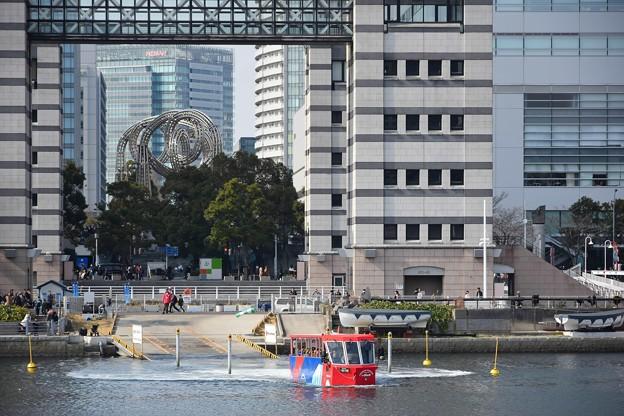 Photos: 水陸両用車