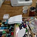 Photos: 雨。日が射してきた、やんだかな?息子のトランクスのほつれを縫うのにミシンを出した。ついでになにか縫おうかな。お裁縫dayにしよう。その他