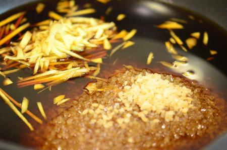 いかなごのくぎ煮作り (3)