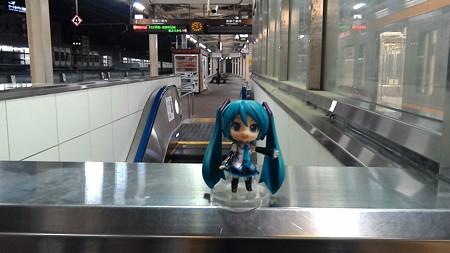 約25分遅れてようやく浜松駅に到着しました。 ミク:「お疲れ様でし...