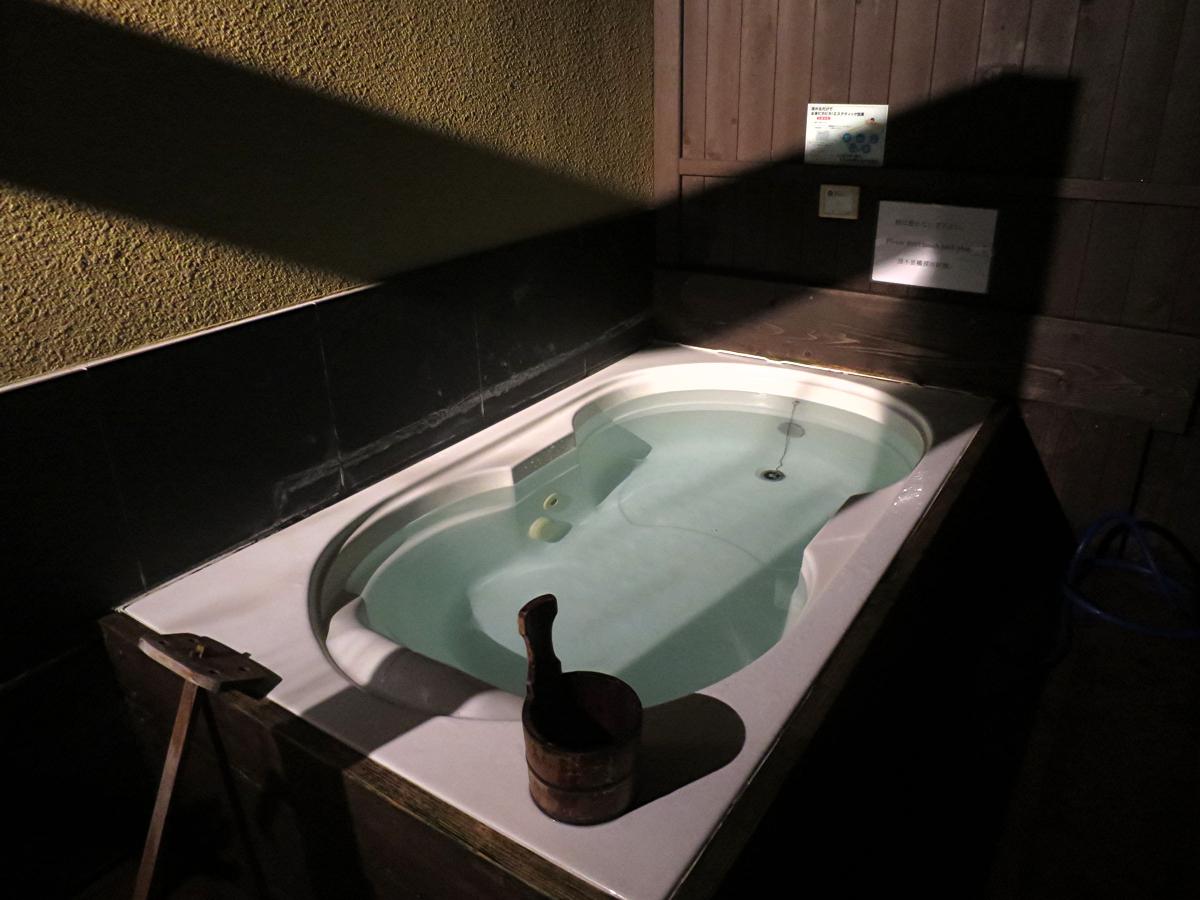 貸し切り風呂1