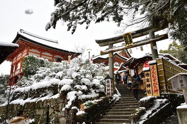 2017_0115_101457 地主神社雪化粧