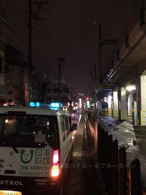 小田急線高架下