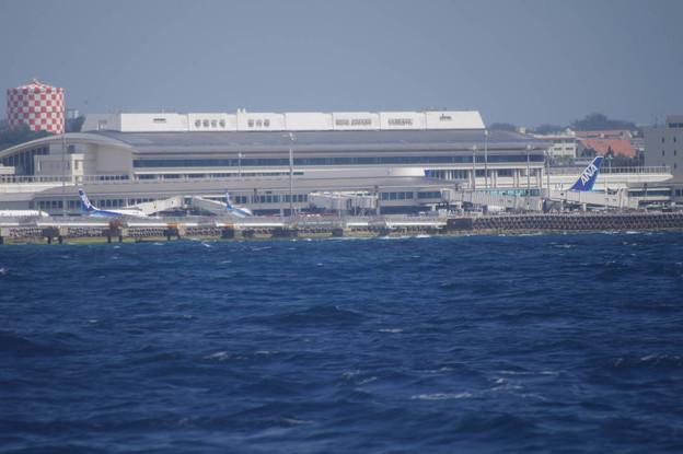 Photos: s6943_那覇空港国内線ターミナル海側から_沖縄県那覇市