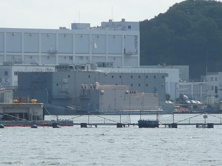 101008-よこすか軍港めぐり (29)