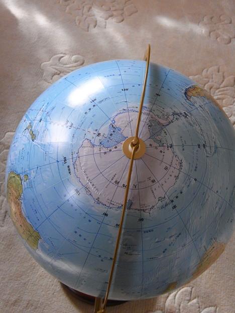 南極側から見ると