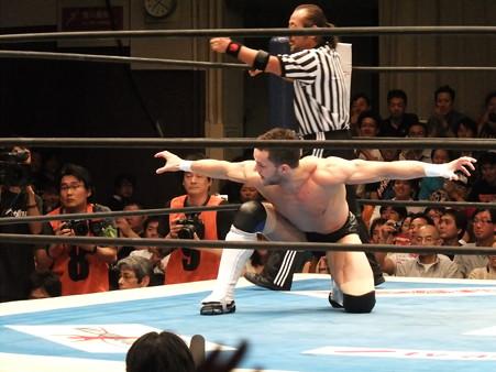 新日本プロレス BEST OF THE SUPER Jr.XIX 準決勝戦 Aブロック2位 プリンス・デヴィット vs Bブロック1位 ロウ・キー (2)