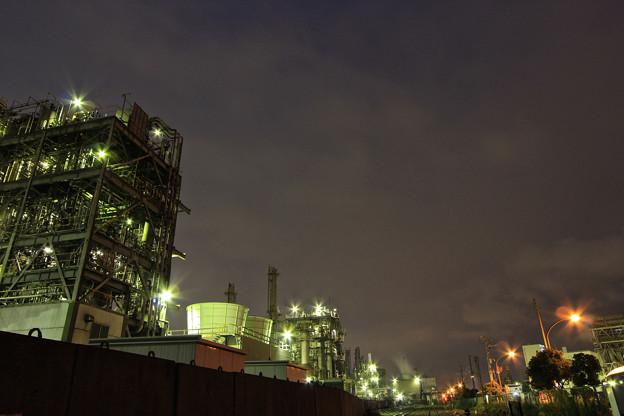 工場夜景と広角の習作