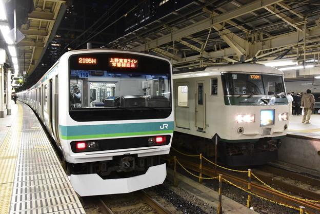 普通列車と湘南ライナー13号
