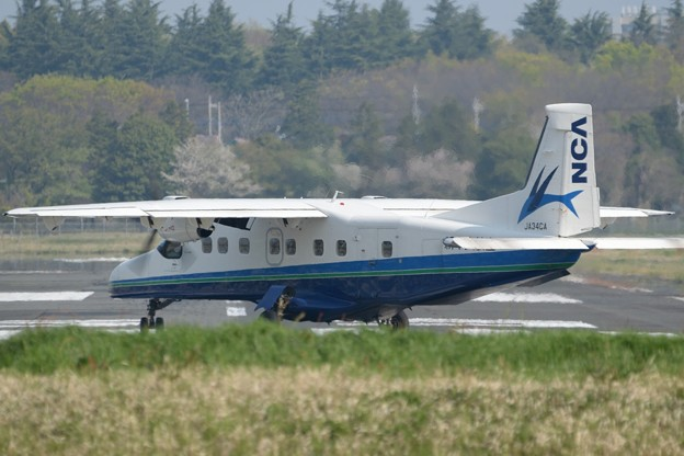 神津島行き301便離陸-1