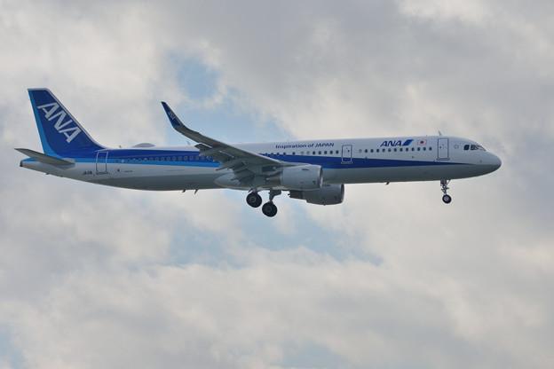 ANA A321ceo JA111A -2