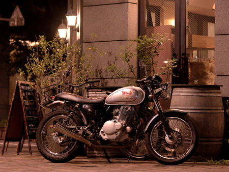 ST250 in イタリア街 -2