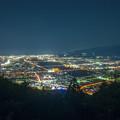 写真: チェックメイトC.C. 夜景