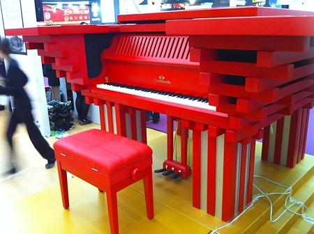万博中国館モデルピアノ