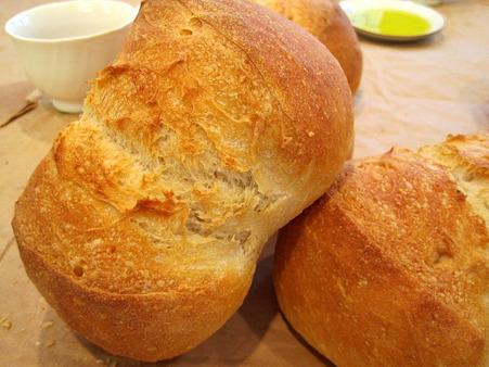 基本の白生地のパン。