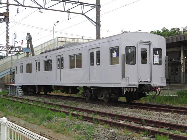 相模鉄道サハ7601(休車)。グレーに塗られた理由がわからない。。...
