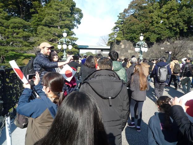 二重橋=皇居正門内鉄橋、ここが有名な二重橋です。