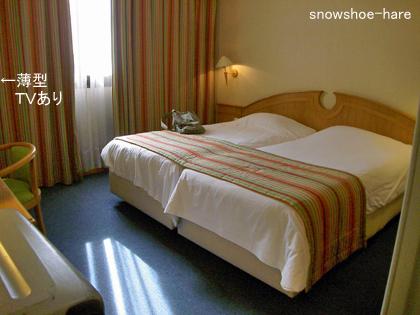 ホテルのベッド