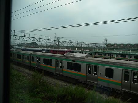 E231系グリーン車車窓5