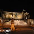 Photos: 夜のヴィットリオ・エマヌエーレII世記念堂