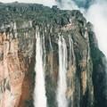 見よ、天空の滝! 落差979m Bird's-eye view of Angel Falls