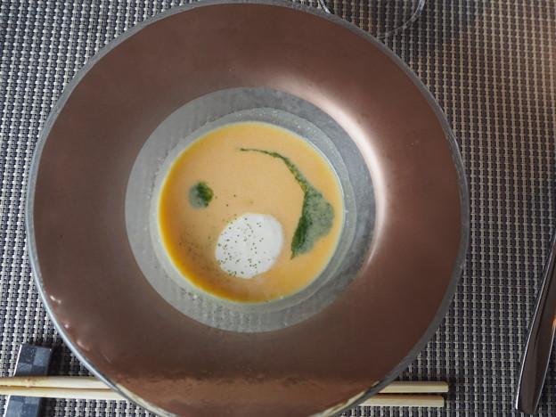 お月見スープ Pumpkin Soup in the Image of a Full Moon 今夕から5週間イラン・コーカサス方面旅行のため不在です