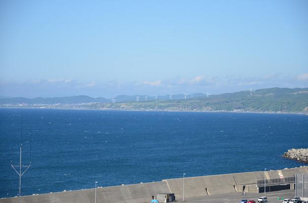 増毛灯台から見た海の向こう