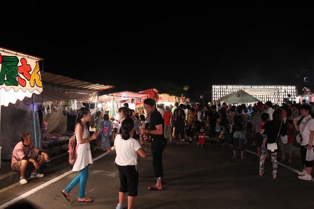 写真: 村祭り