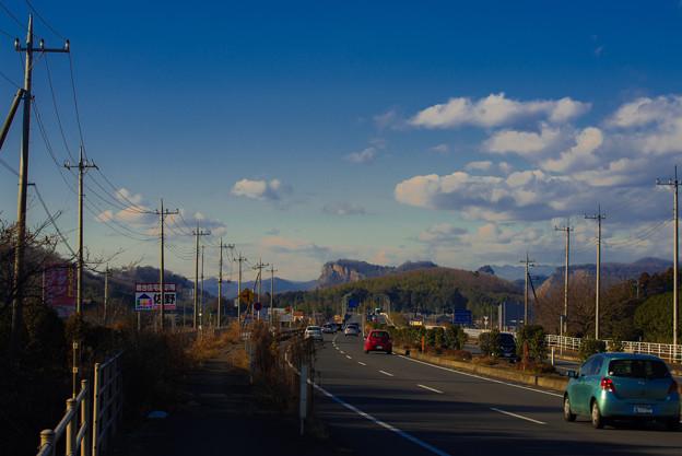 国道50号からの岩舟山@栃木