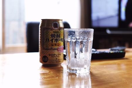 2016.11.01 居間 雨即席麺TVとこれ