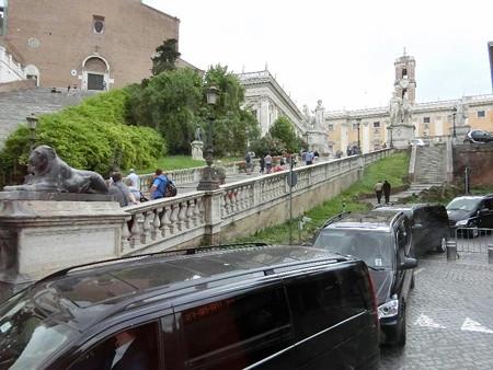 160523-28カンピドーリョ広場への階段
