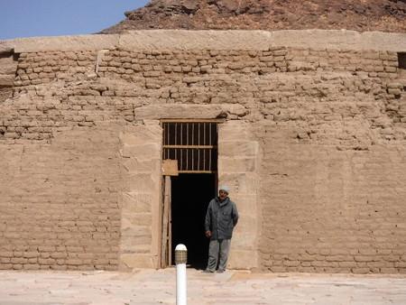 170215-22アマダ神殿