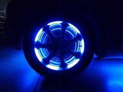 ヴィッツ 福島県 ホイール内LED取付 リア400