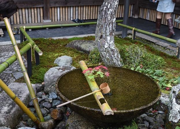 圓光寺式手水鉢水琴窟
