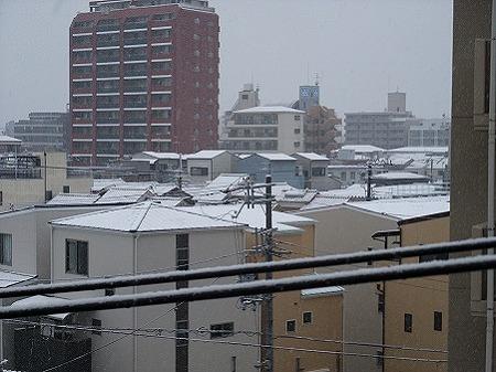窓を開けると雪景色!