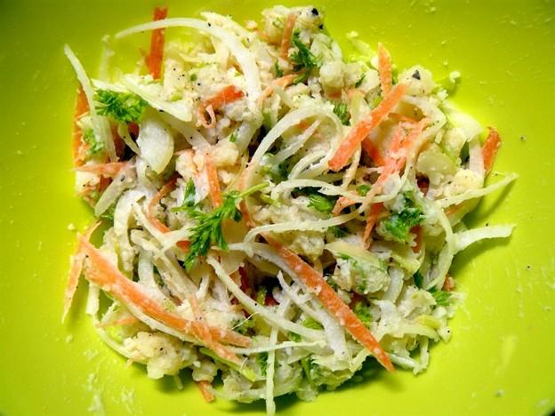 ジャガイモと玉ネギのサラダ